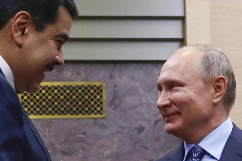 不甩美國 俄6架飛機空運近百億現金至委內瑞拉