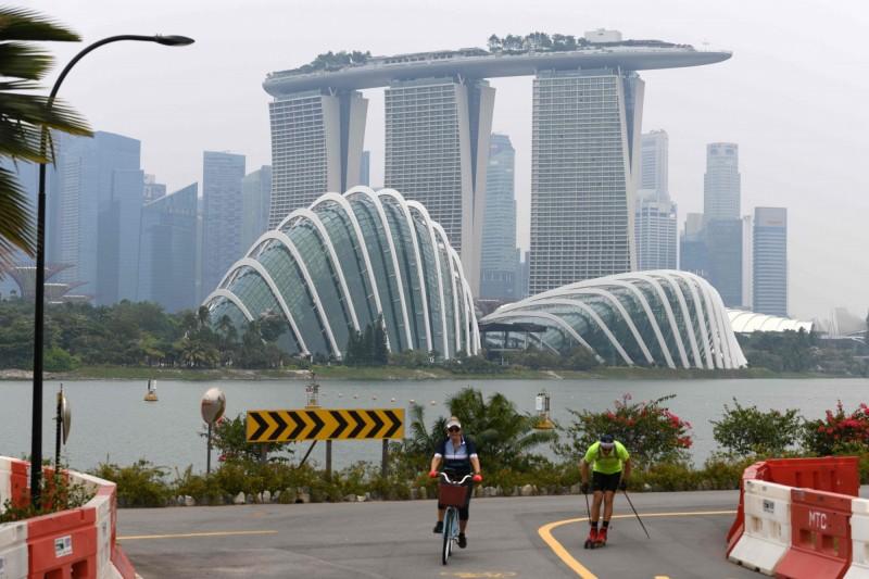 香港失寵?小摩:星國近3個月外匯存款大幅增長