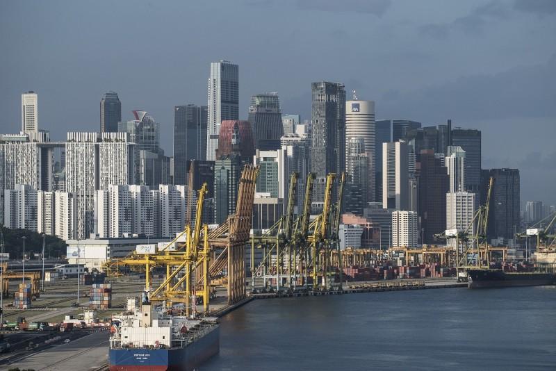 新加坡10月出口連8個月下滑 年減12.3%