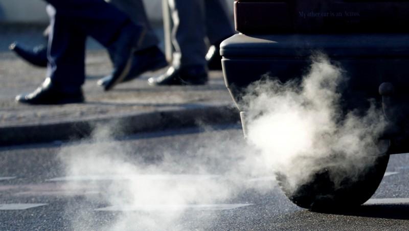 成「川普親衛隊」  加州宣佈封殺Toyota、通用等車廠