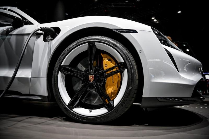挑戰特斯拉!保時捷宣佈2025年過半產量是電動車