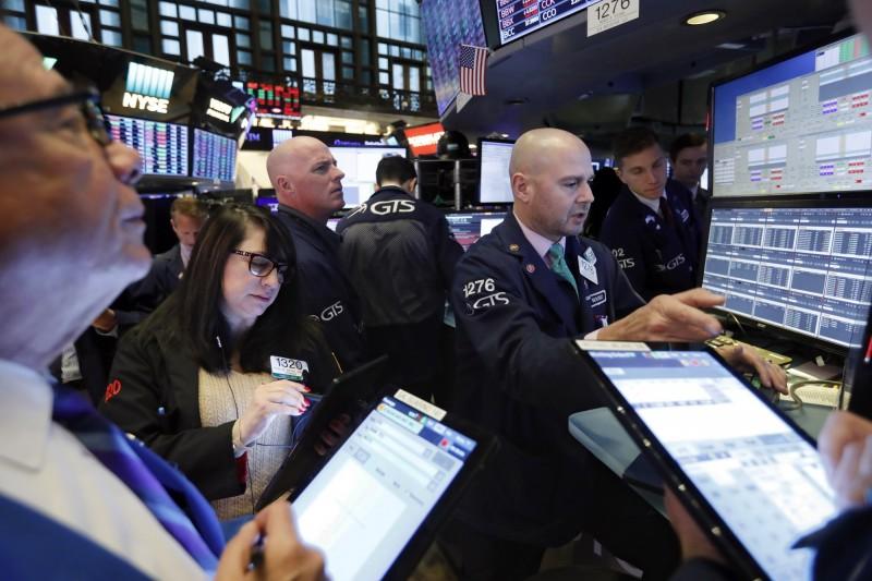 專家:股債各半投資法 今年回報率25年來最佳