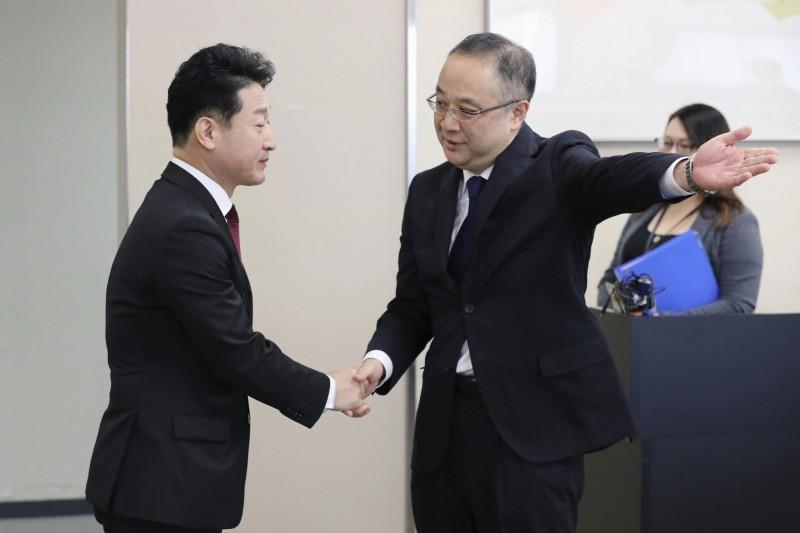 貿易爭端可望停歇?日韓高階官員今會晤