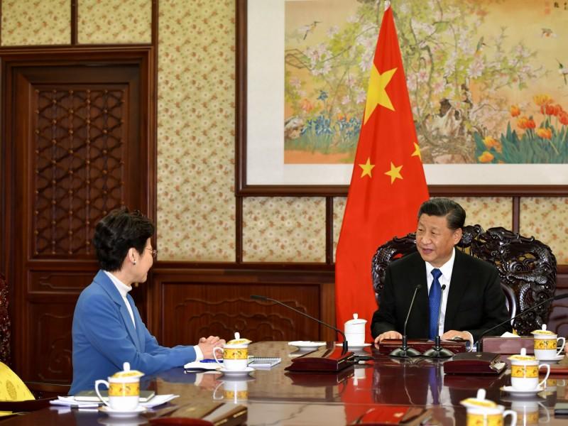 彭博:比起香港支持民主 澳門寧願選擇中國財富