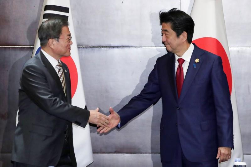 日韓領導人終於會晤  日經:破冰但未解凍