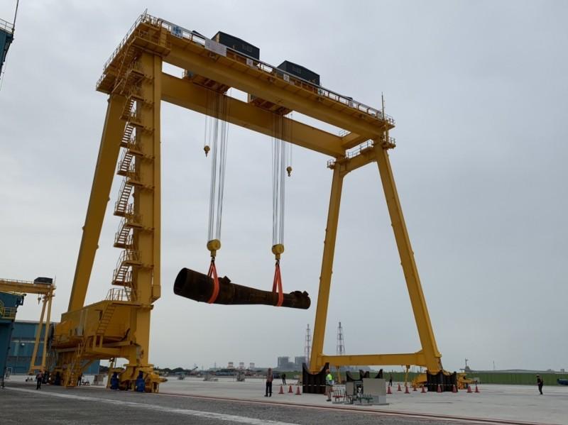 國產化指標!興達海基首支水下基礎明年7月完工