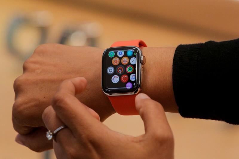 稱Apple Watch脈搏監測功能侵犯專利 紐約大學教授提告