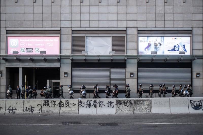 慘!香港11月零售業重衰逾2成  仍優於預期