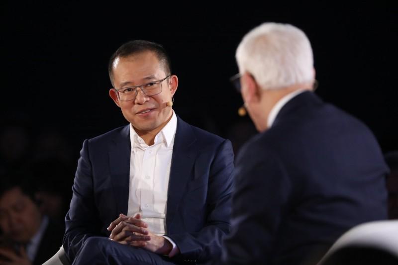 騰訊總裁劉熾平減持50萬股 套現7.5億元