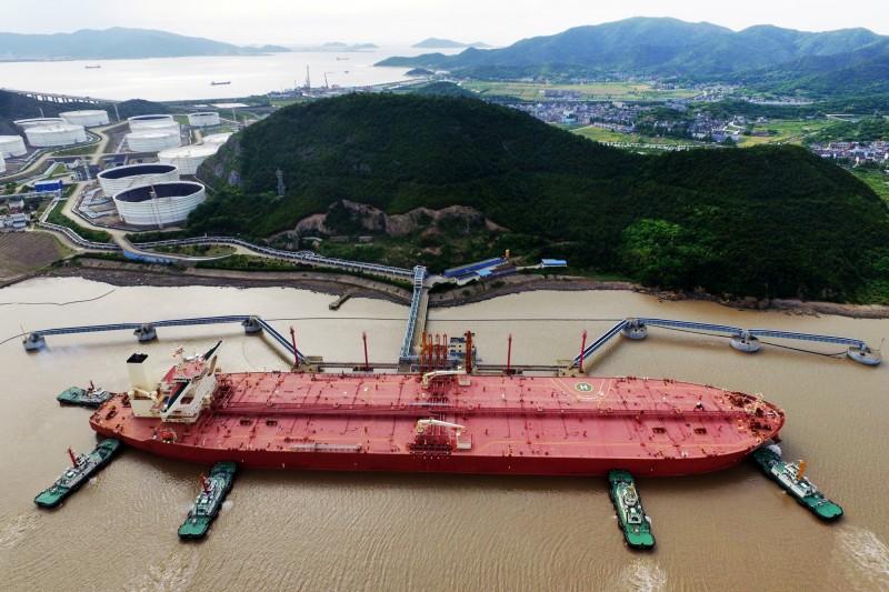 中國原油進口量連17年創新高 「茶壺」成吃油推手