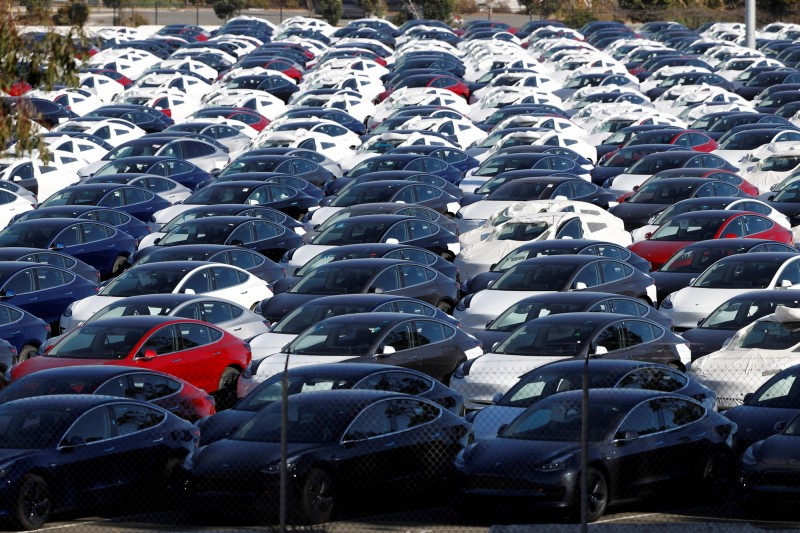 特斯拉老家新車登記數砍半 專家:在美市場或已觸頂