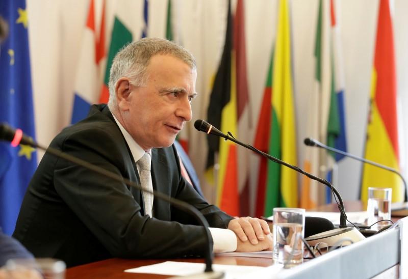 歐盟駐中大使:中歐投資談判進入關鍵階段 今年有望完成
