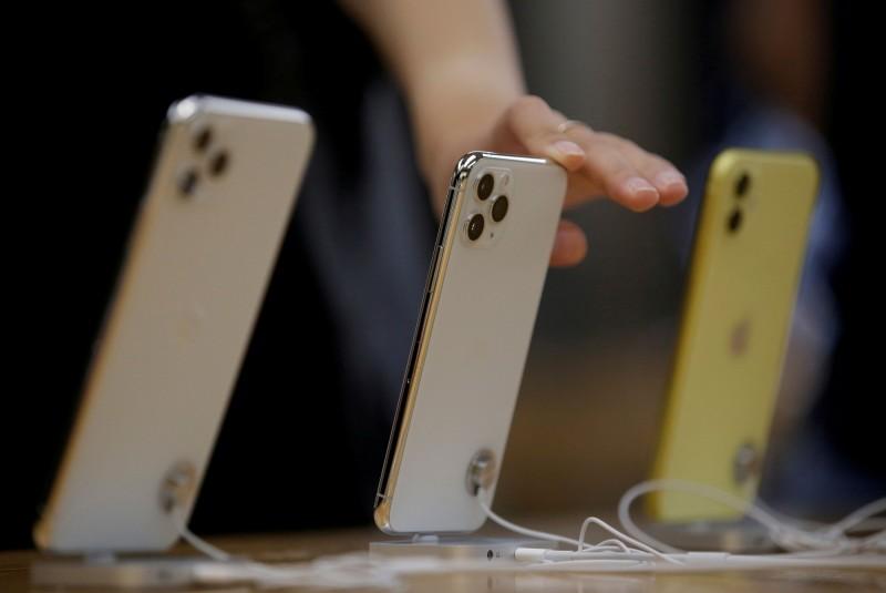 武漢肺炎疫情衝擊  中國Q1手機銷售恐腰斬