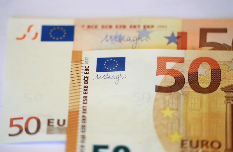 武漢肺炎》歐元重貶至3年新低  專家指未來恐與美元平價