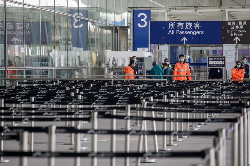 武漢肺炎》路透:恐給香港旅遊、零售業致命一擊