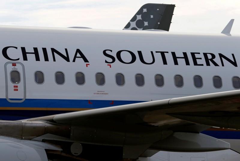 武漢肺炎》中航空業迫休無薪假 外籍飛行員紛紛跳槽、回國