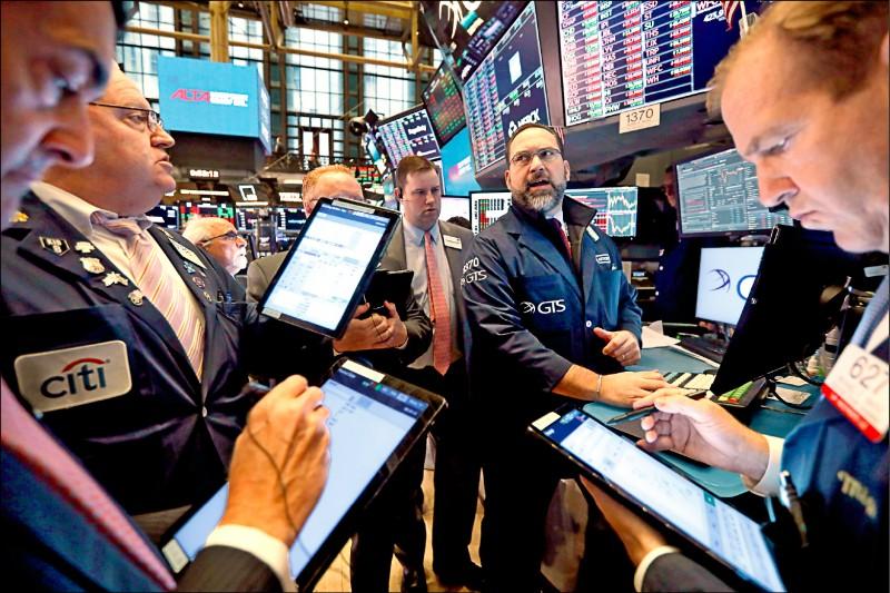〈財經週報-國際市場展望〉疫情黑天鵝 不同市場、產業表現兩樣情