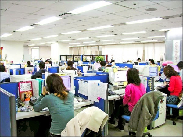 1月失業率3.64% 主計總處:疫情未解恐影響勞動市場
