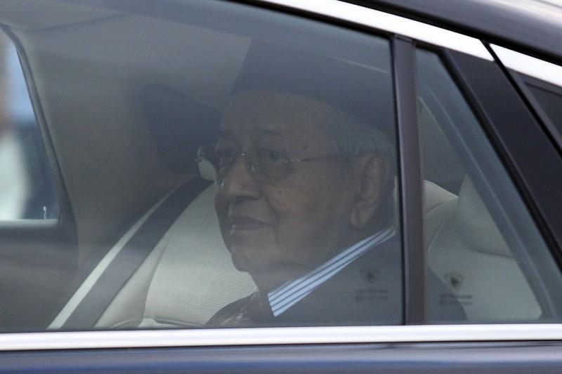 馬來西亞首相辭職  終結世界最長牛市