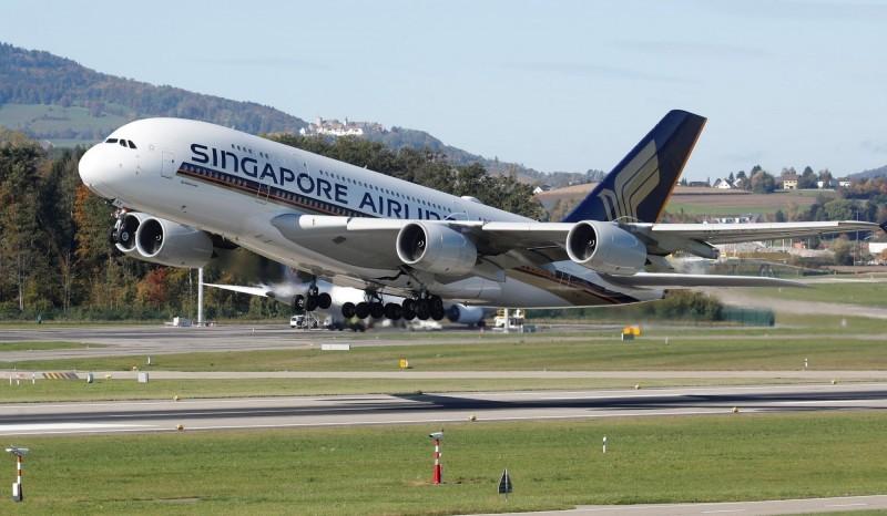 繼縮減全球航班後  新加坡航空宣佈暫停招聘
