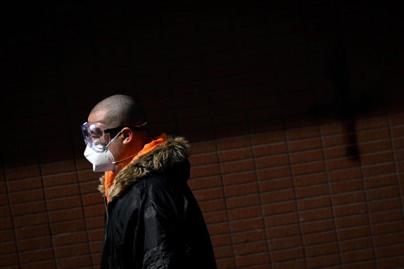 武漢肺炎》耶魯專家:中國打個噴嚏 全球經濟都感冒