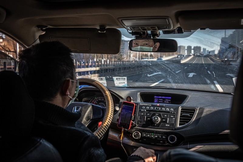 武漢肺炎》北京停止出租車、順風車跨城運營服務