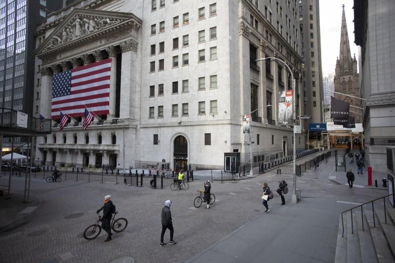 1場「完美風暴」正形成!華爾街今年獎金恐縮水40%