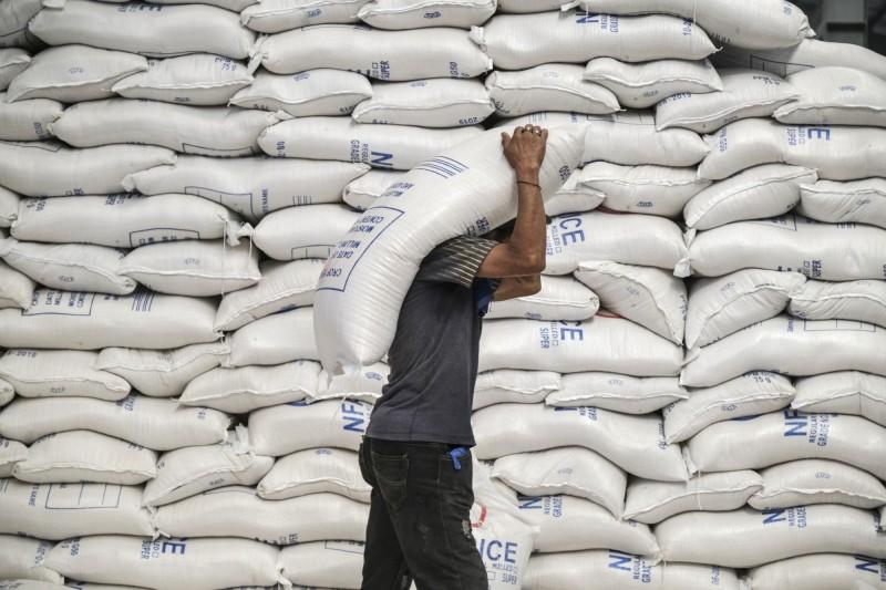 亞洲各國自亂陣腳?彭博:糧食充足卻在屯糧、限出口