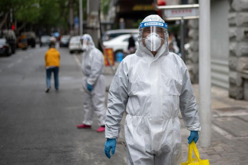 香港病學專家示警:各國過早解除限制 恐釀第2波感染風險
