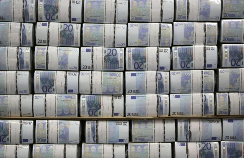 多國灑幣紓困  專家憂全球重演歐債危機