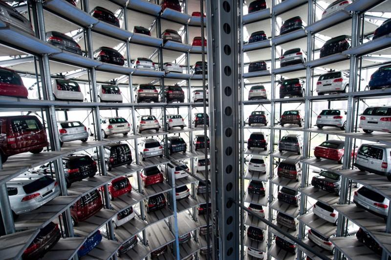 疫情重擊歐洲車市 3月汽車銷量暴跌55%