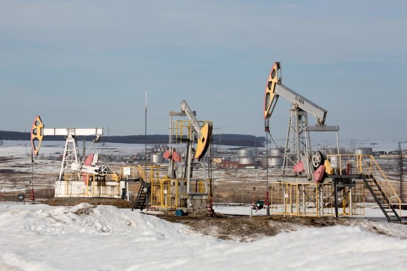 國際油價反彈 紐約期油跳漲近20%