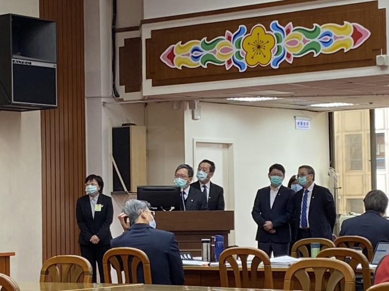 報稅強制戴口罩 蘇建榮:兩天內公布
