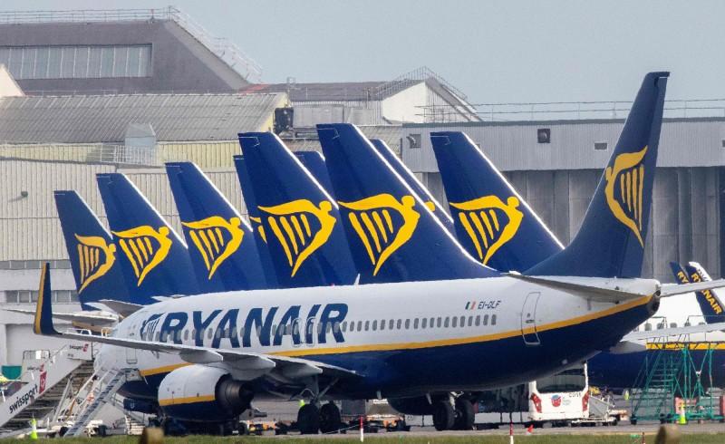 樂觀不到2週!歐洲最大廉航擬裁員3000人、延後飛機訂單