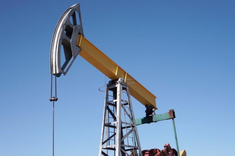 全球重新開放振奮油價 紐約期油跳漲20%
