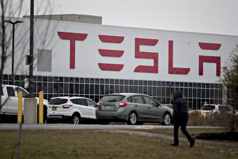 無視政府禁令 特斯拉暗示加州工廠將於本週強行復工