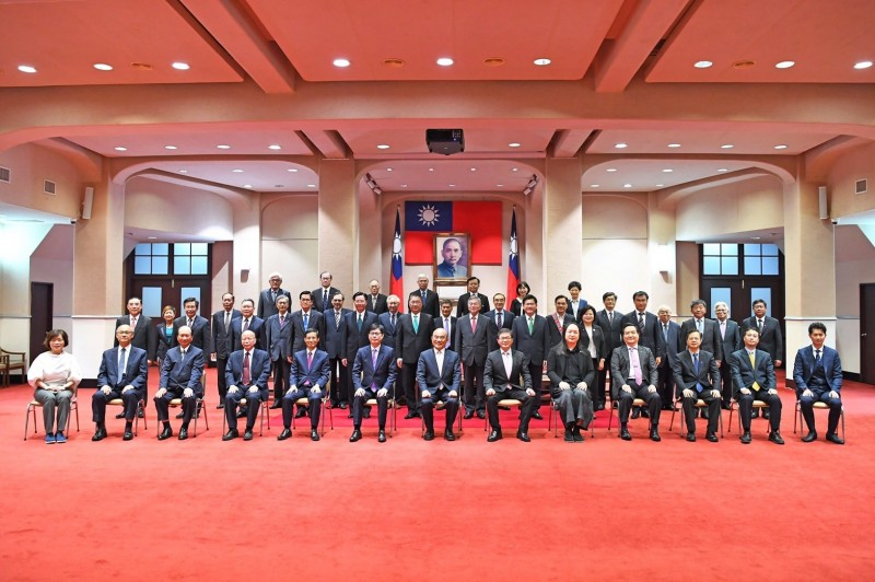 內閣唯二女閣員 勞動部長許銘春:能力一樣會優先拔擢女性