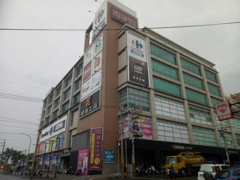 豐原家樂福房東賣大樓 6層百貨商場15億售出