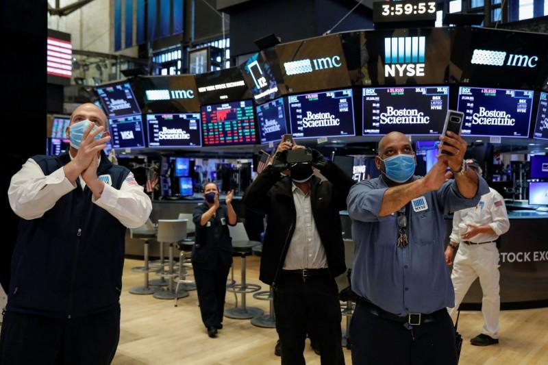 紐約證券交易大廳今日重新開放