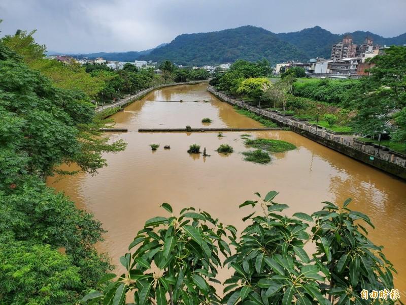 竹縣關西鎮牛欄河排水用地 公告解編45公頃原行水區土地