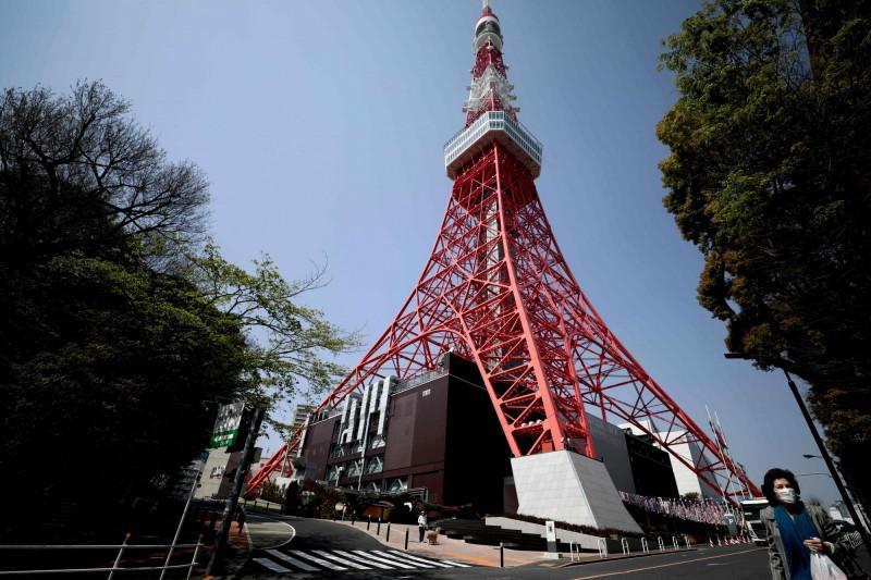 關閉近2個月!日本東京鐵塔今日重新開放登塔