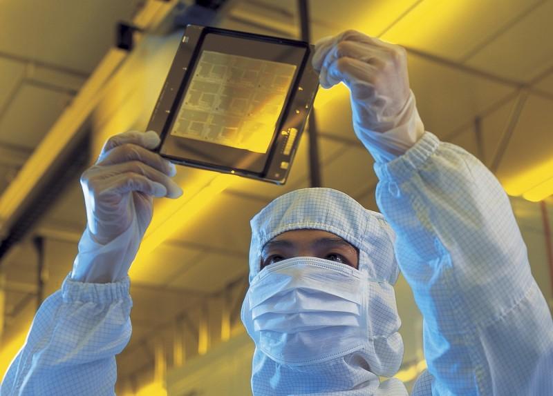 美中科技戰中保優勢  彭博:傳台將砸百億吸引外國晶片業投資