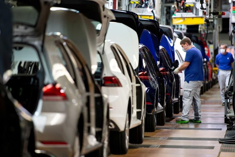史上最慘月份!德4月工業生產月減近18%、汽車業月減逾70%