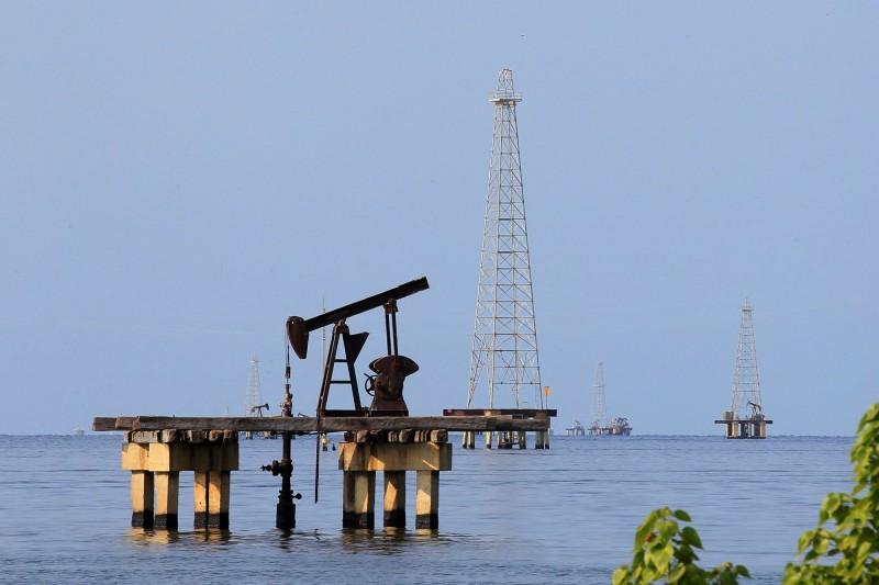 美原油庫存意外增加 國際油價下跌