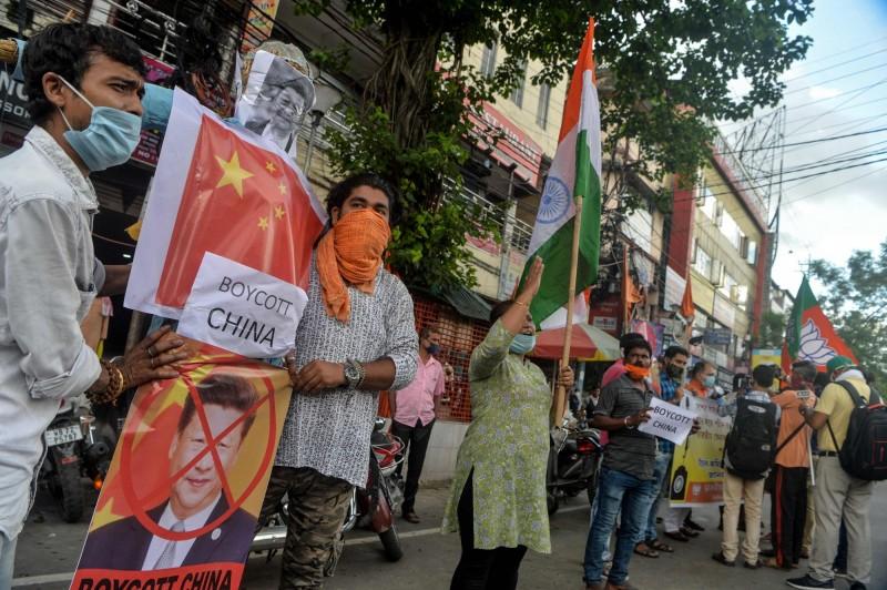 印度反中情緒高漲  官員帶頭籲抵制中餐館和中貨
