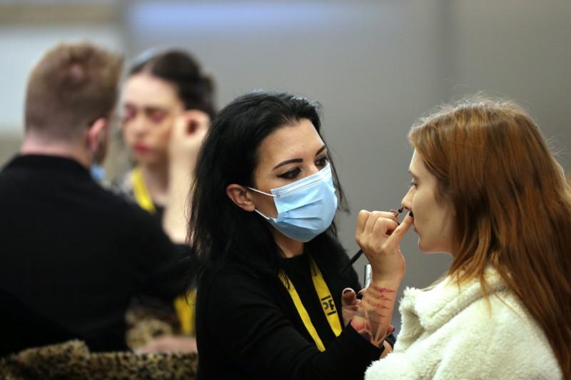 帶口罩降低化妝需求 麥肯錫預估:今年全球美妝產業損失30%