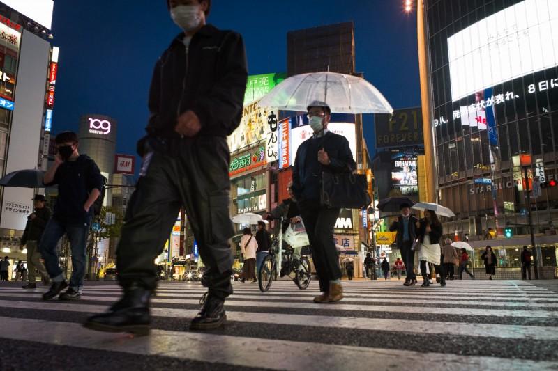 日本越來越窮?專家:中產階級正在消失