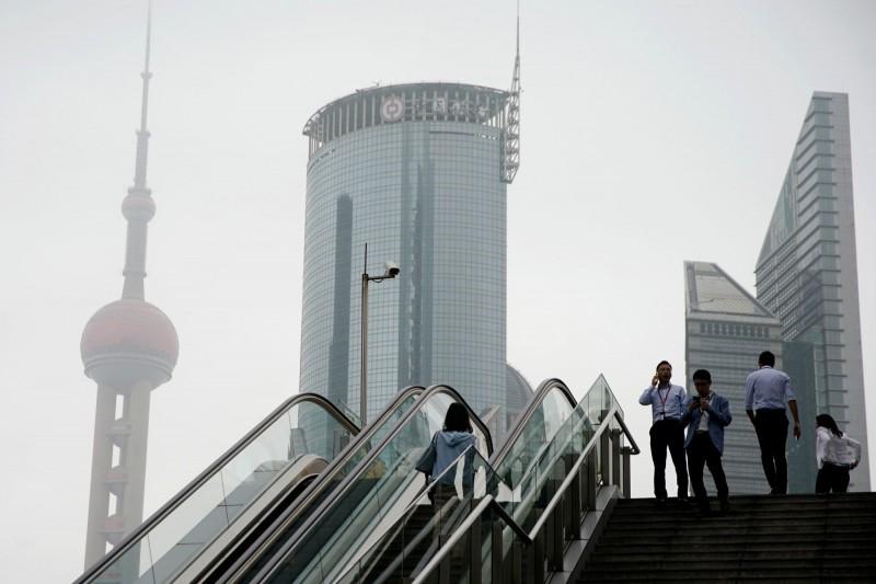 中國當局震懾市場 首度披露金融業38間重大違法股東