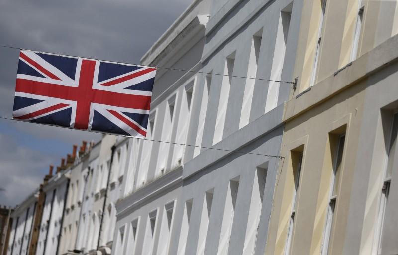 疫情侵蝕經濟!英國13所大學恐面臨破產