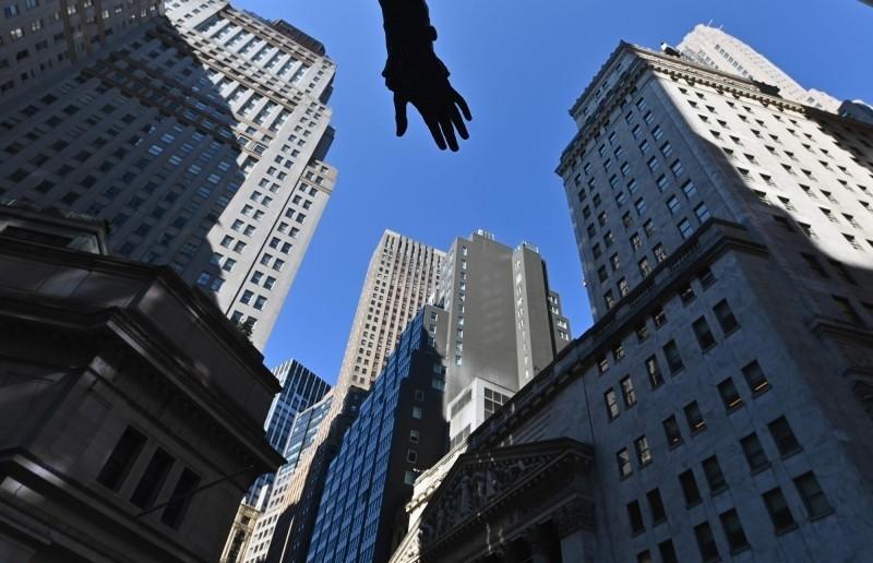 標普再砍全球經濟成長率至-3.8%  各國債信惡化成隱憂